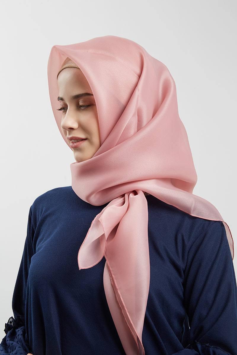 Sell Hijab Organza Premium Raesha Dusty Pink Hijab Essential Hijabenka Com